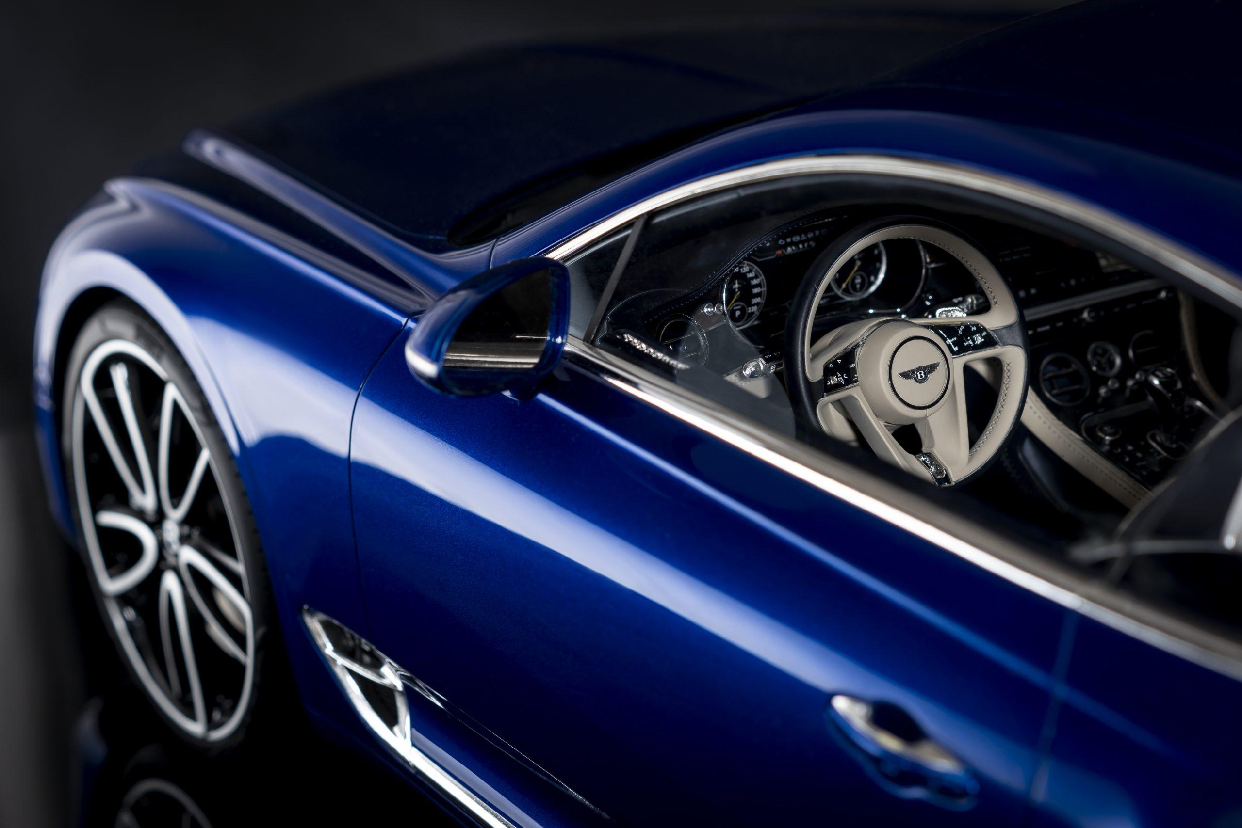 Bentley Continental GT model 2
