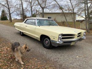 Okotoks Canada Auction - 1966 Pontiac Parisenne Convertible