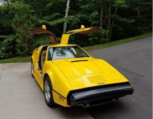 Okotoks Canada Auction - 1975 Bricklin