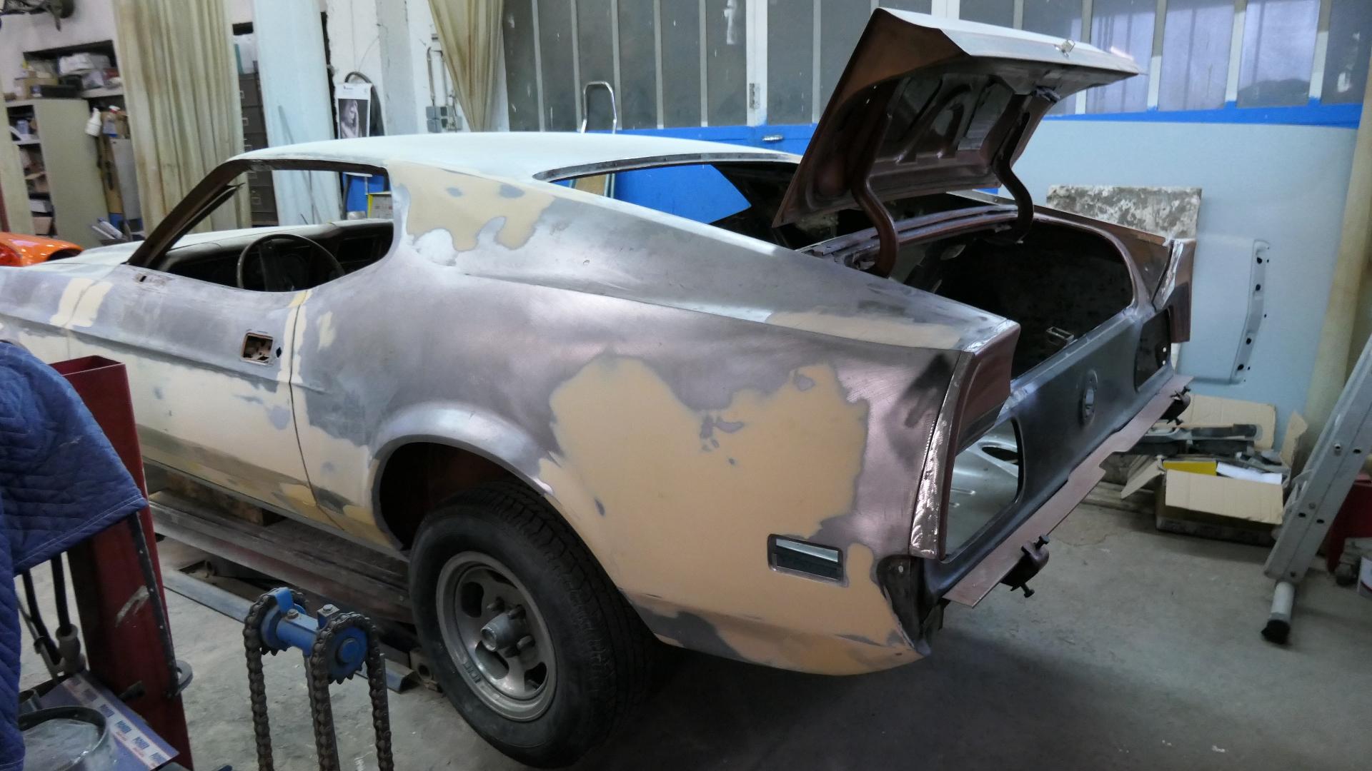 1973 Ford Mustang Mach 1 rear mid-restoration France