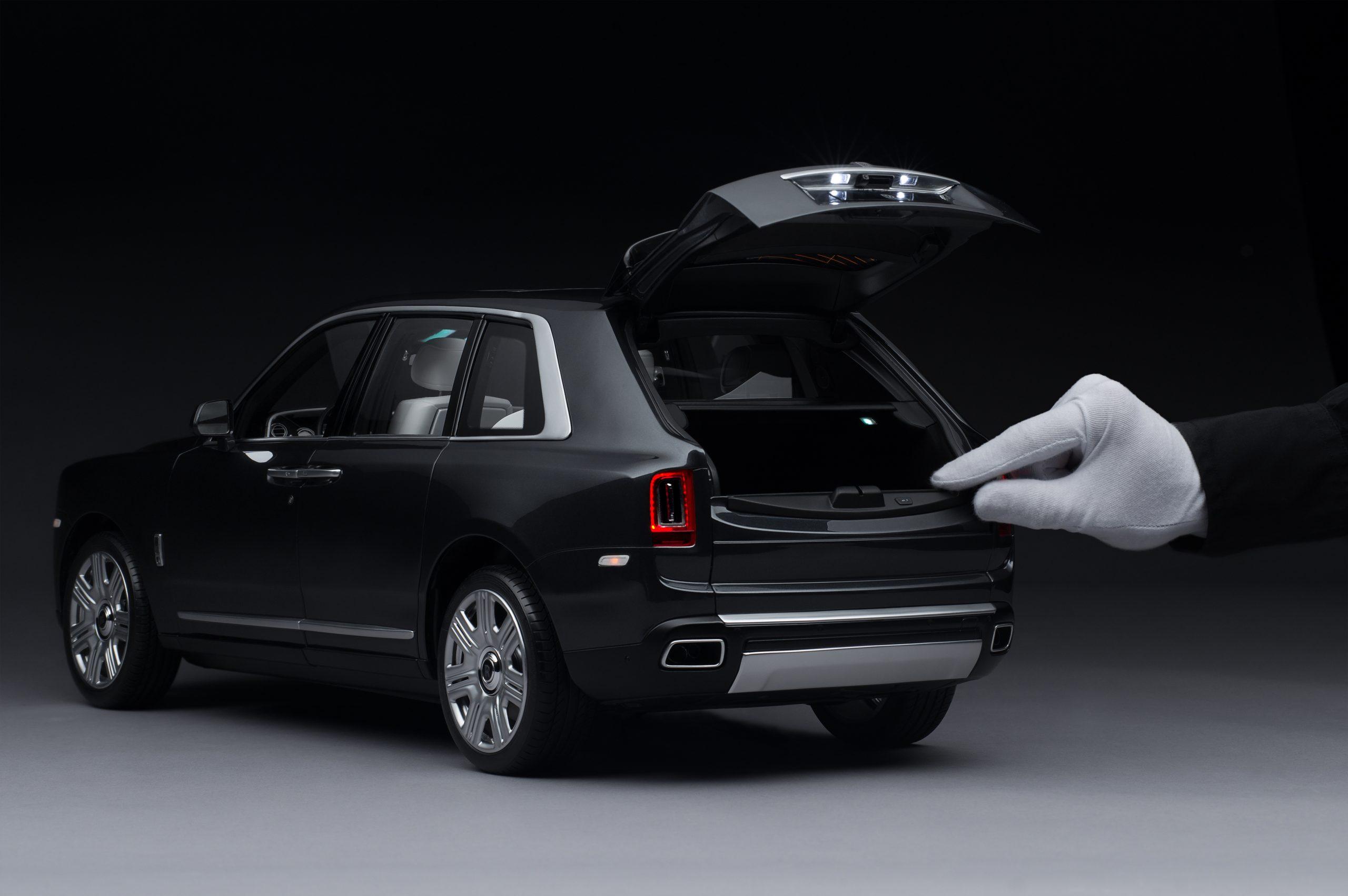 Rolls-Royce Cullinan model 2