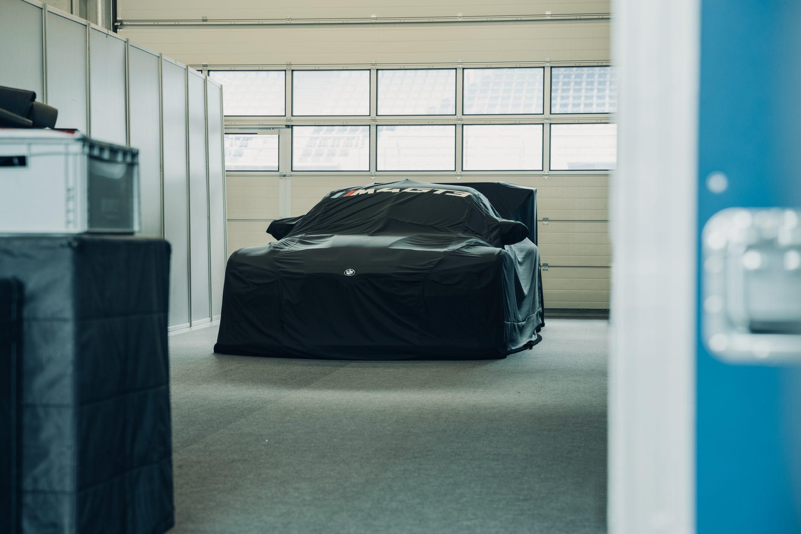 BMW M4 GT3 prototype cover garage