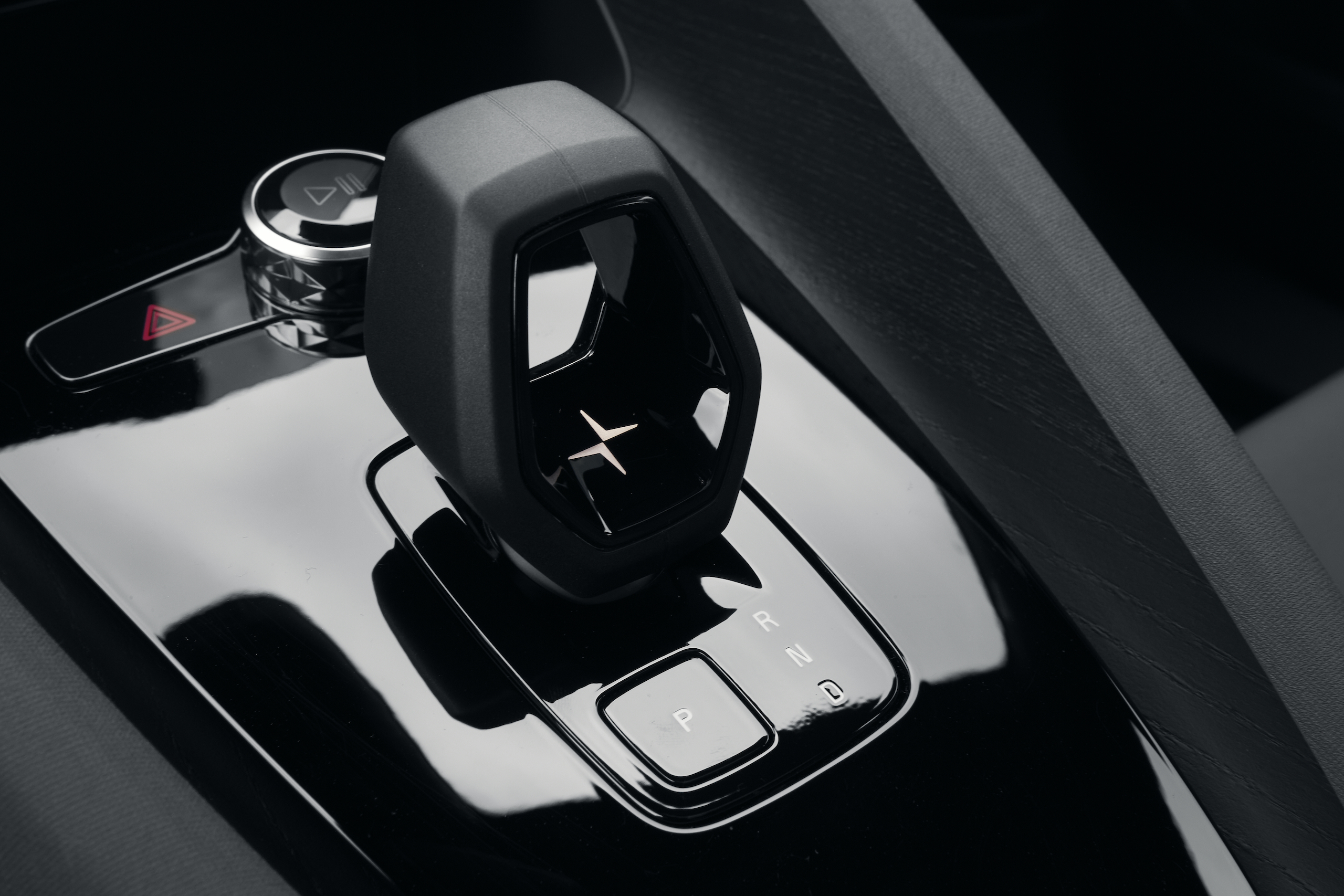 Polestar 2 interior center console shifter