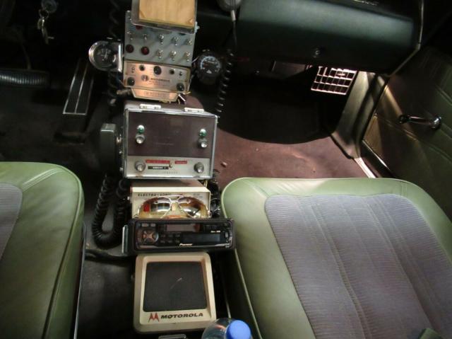 Hellcat cop car 1968 Dodge Coronet interior
