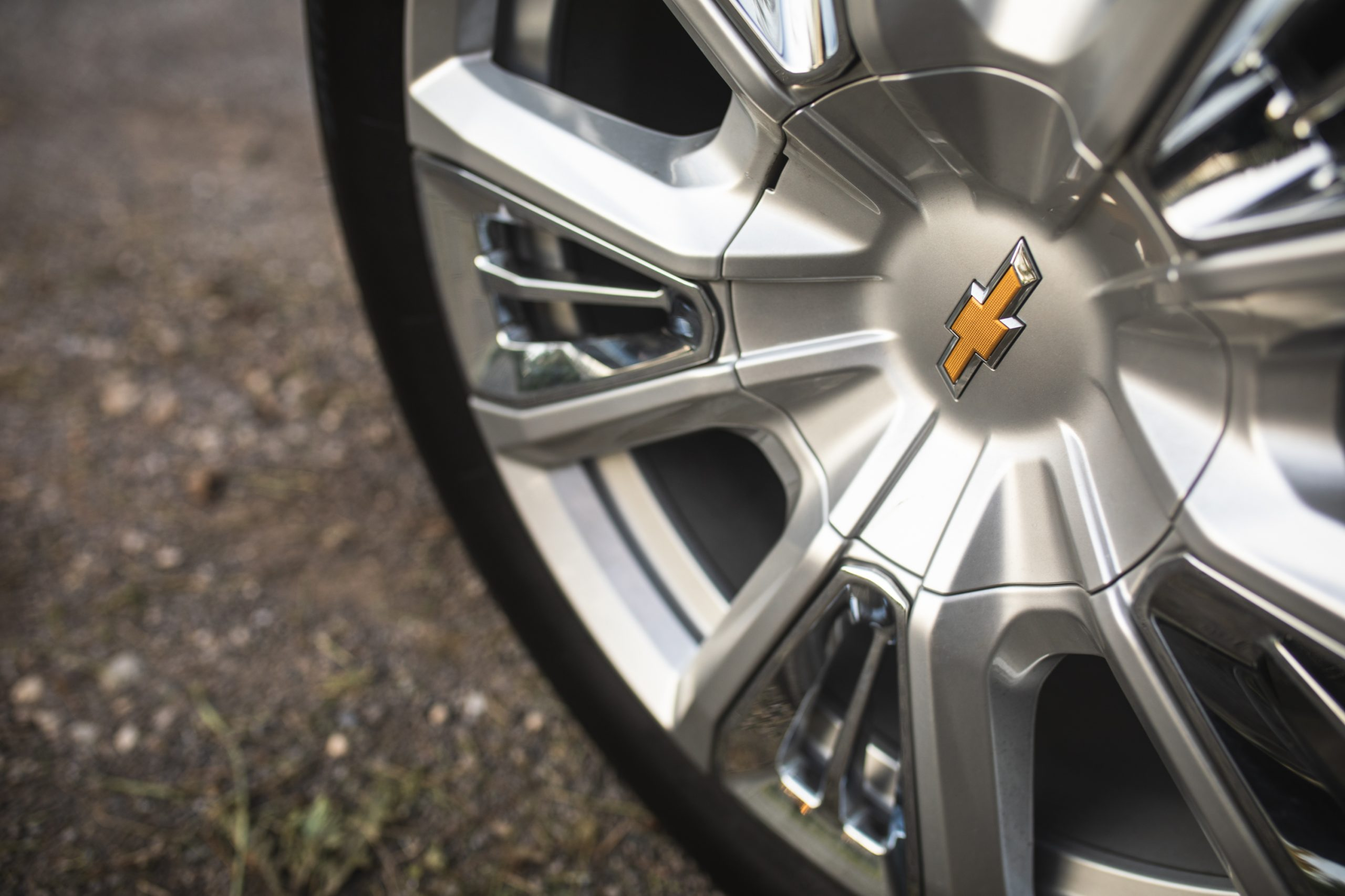 2021 Chevrolet Tahoe High Country wheel