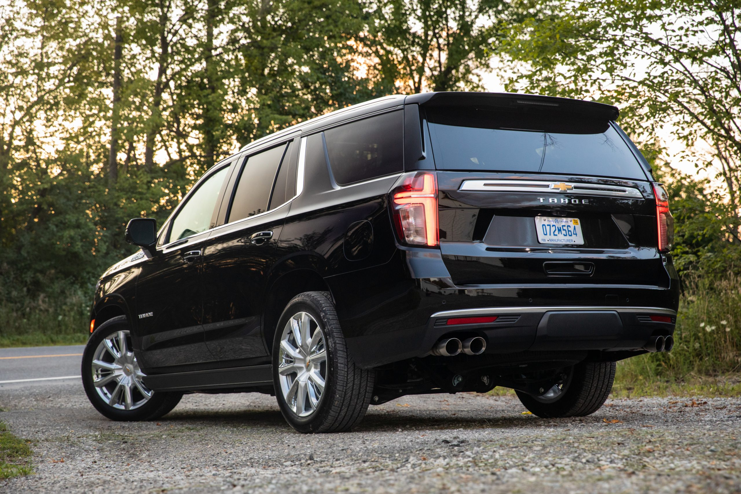2021 Chevrolet Tahoe High Country rear three-quarter