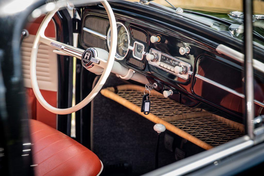 volkswagen bug beetle interior front