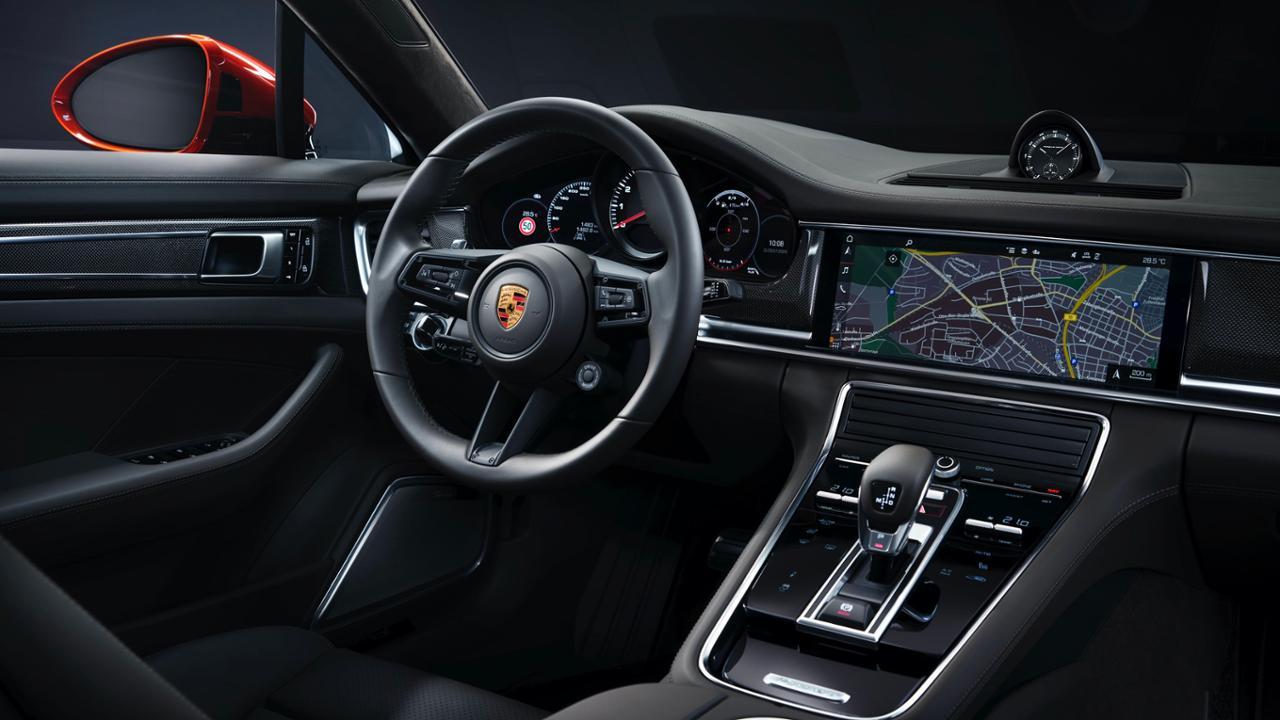 2021 Panamera Turbo S interior