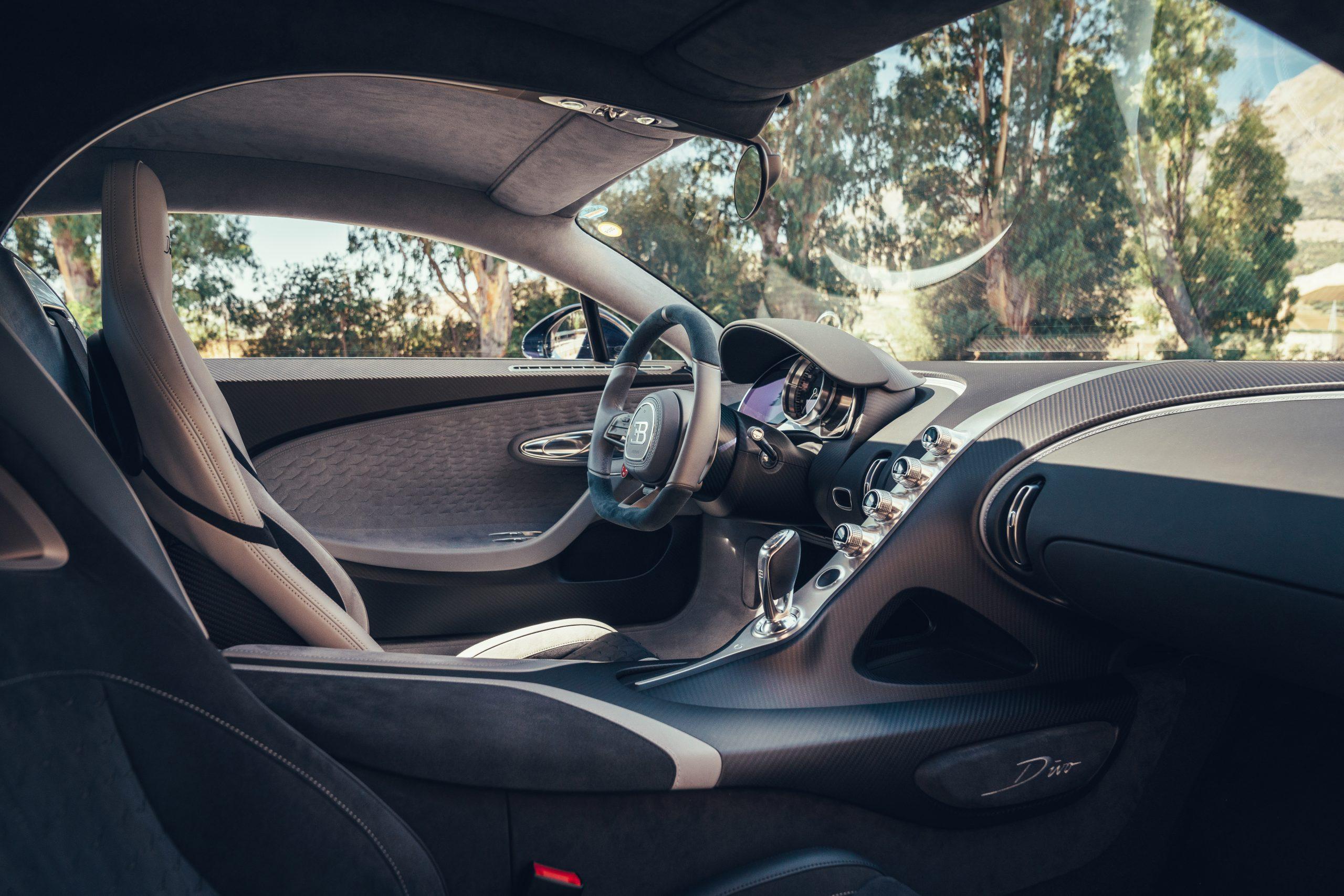 Bugatti Divo cabin interior