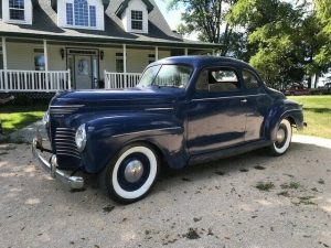 1940 Plymouth P9 Roadking Business Coupe profile