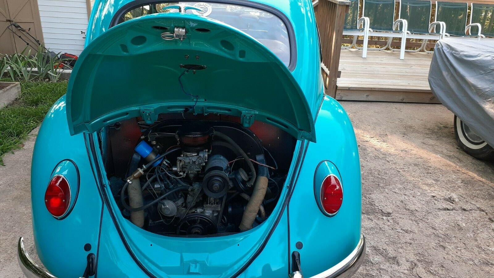 1962 Volkswagen Beetle sedan engine
