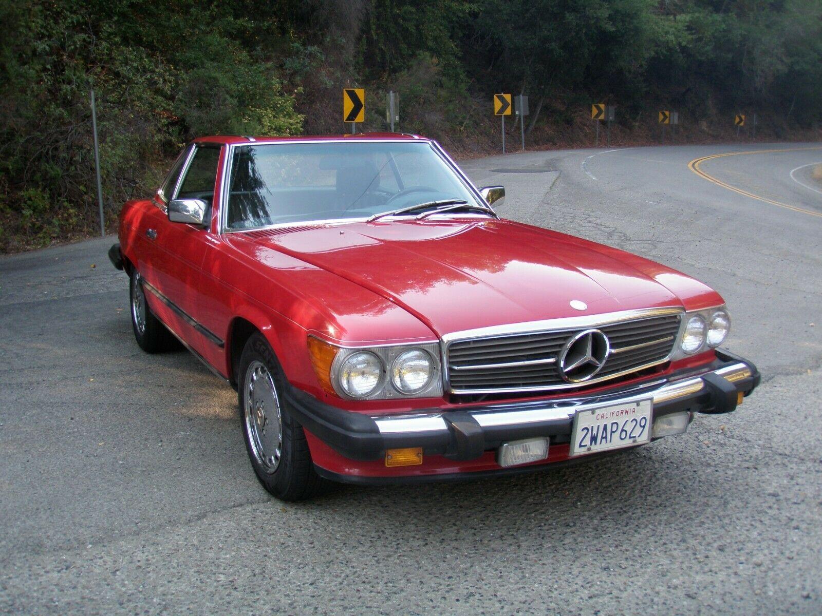 1986 Mercedes-Benz 560SL front