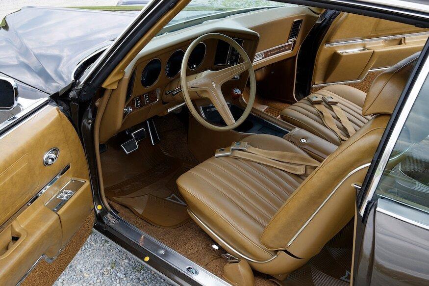 1969 pontiac grand prix sj interior