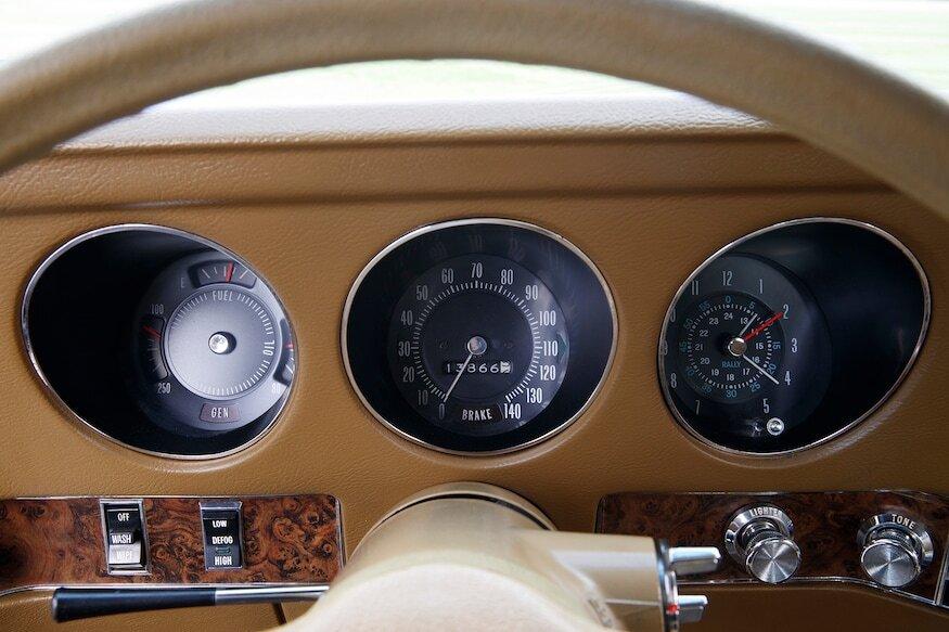 1969 pontiac grand prix sj dash