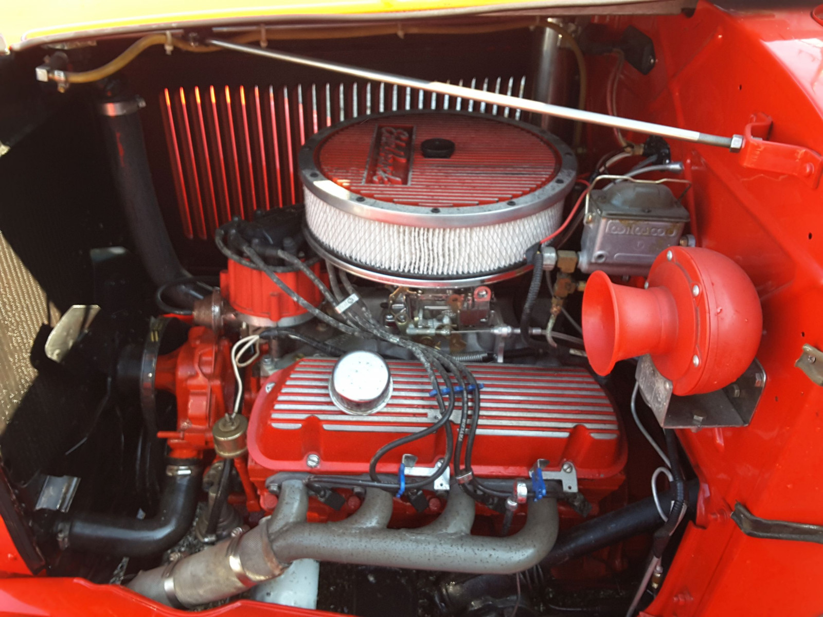 1932 DeSoto Roadster small-block Ford engine