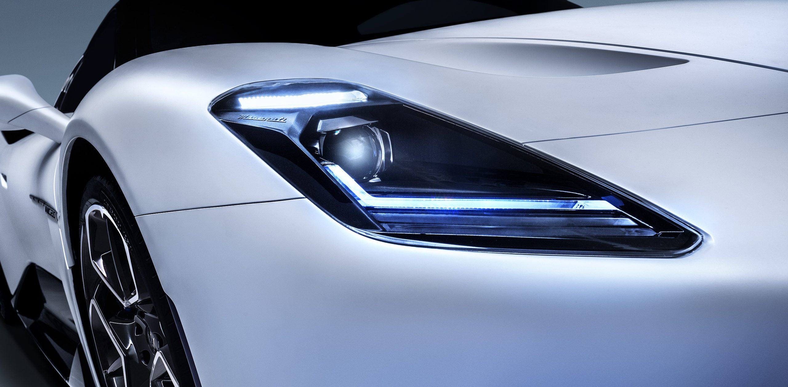 Maserati MC20 headlight
