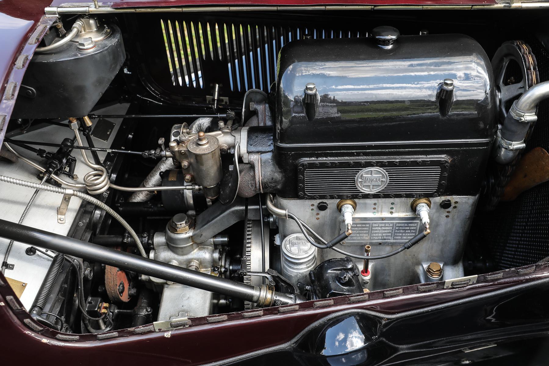 1924 Lancia Lambda Series III Torpedo engine V-4