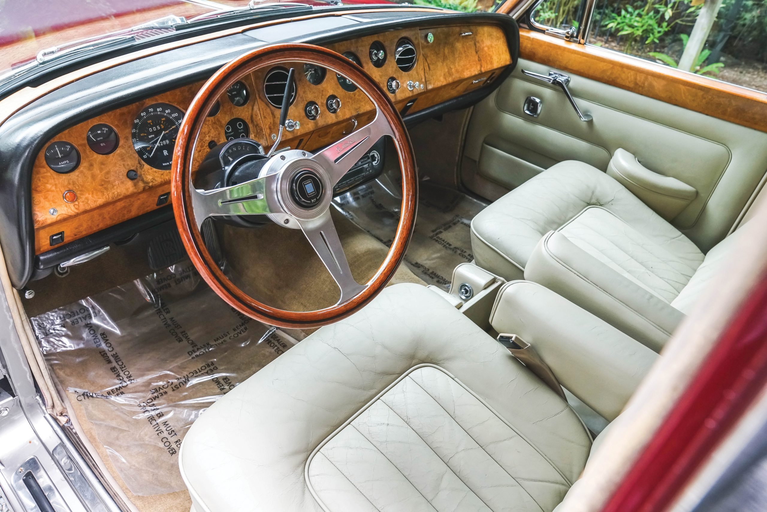 1968 Rolls Royce Silver Shadow interior