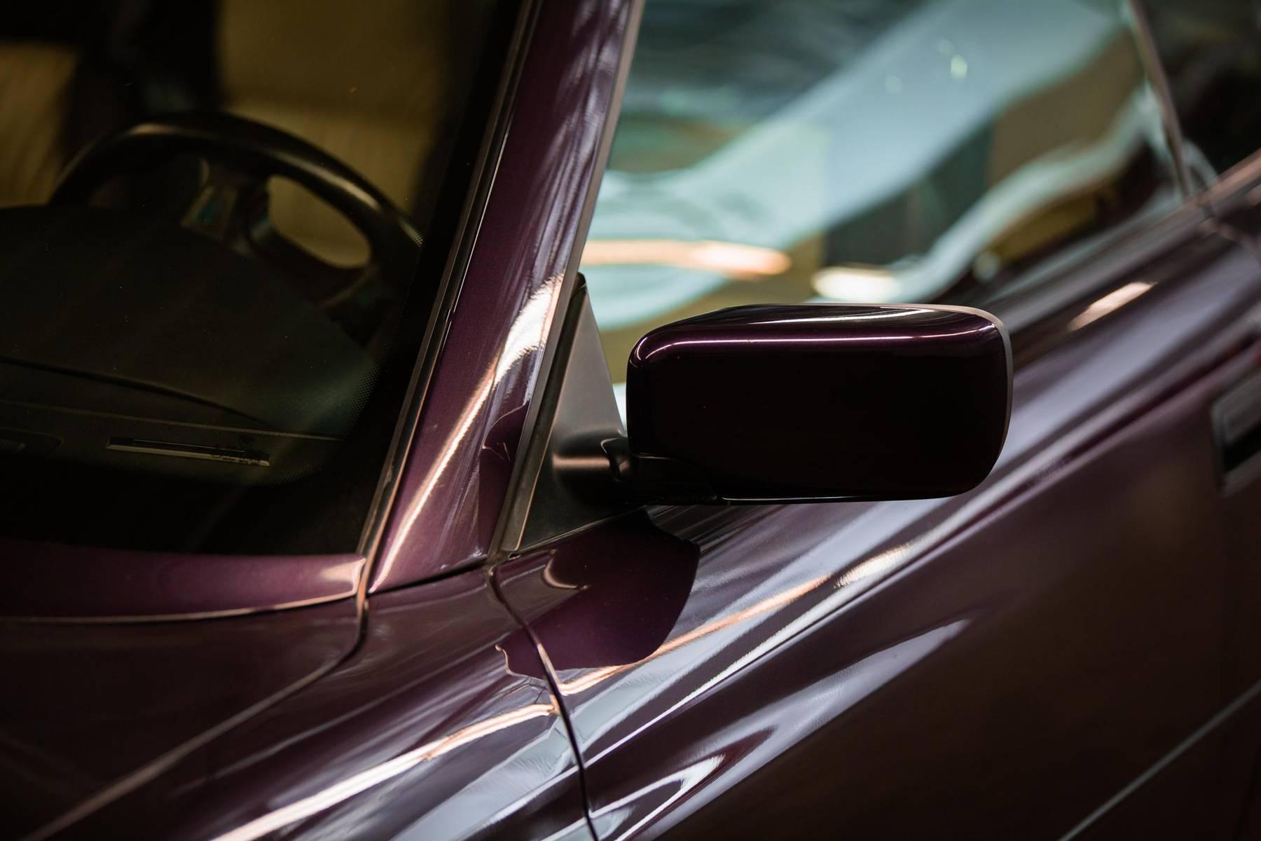 1995 BMW 850CSi side mirror detail