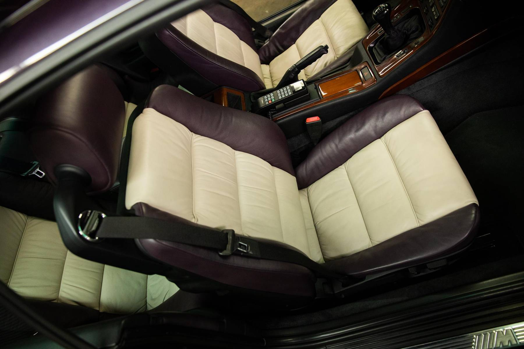1995 BMW 850CSi seats