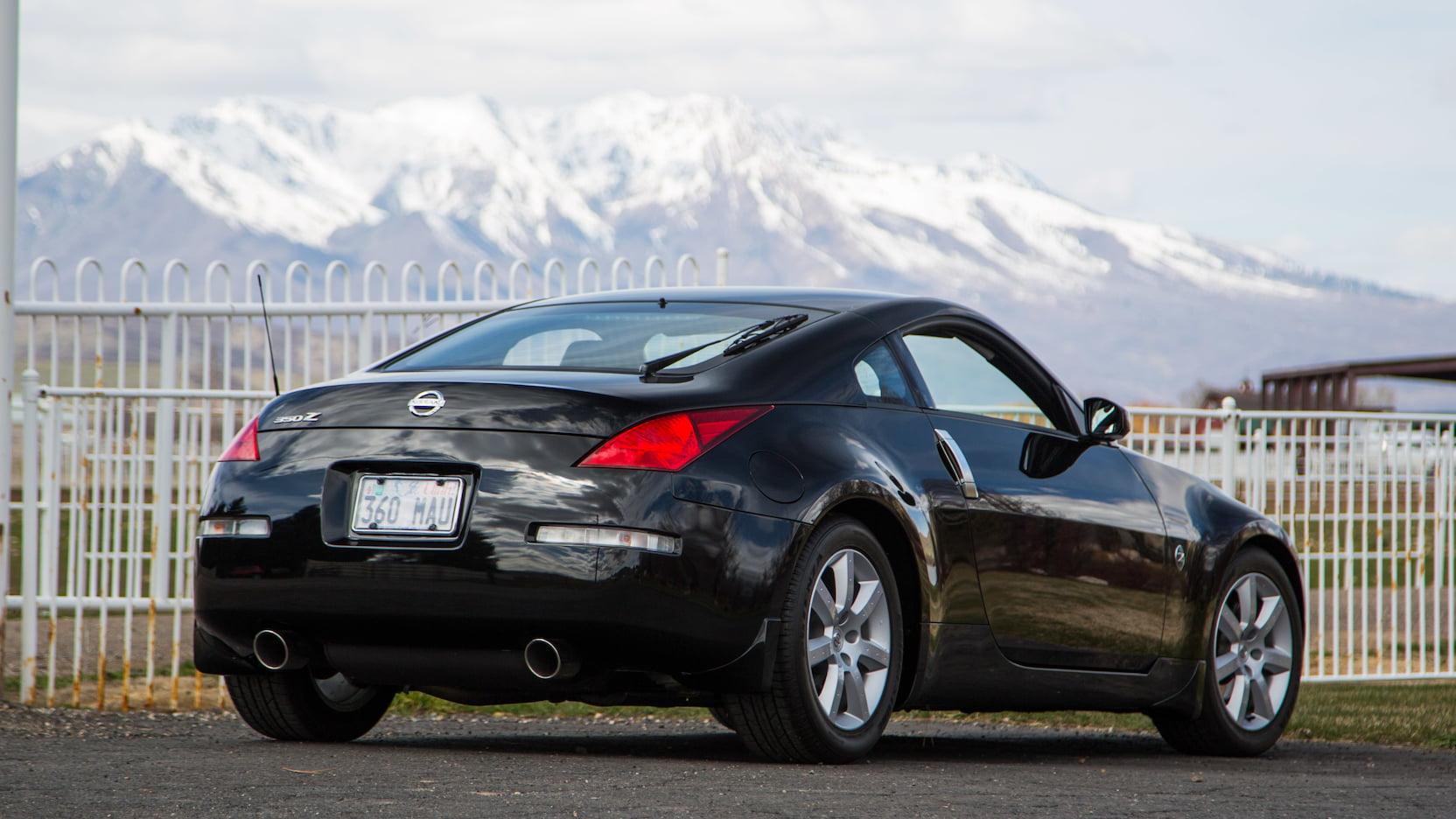 2003 Nissan 350Z rear three-quarter
