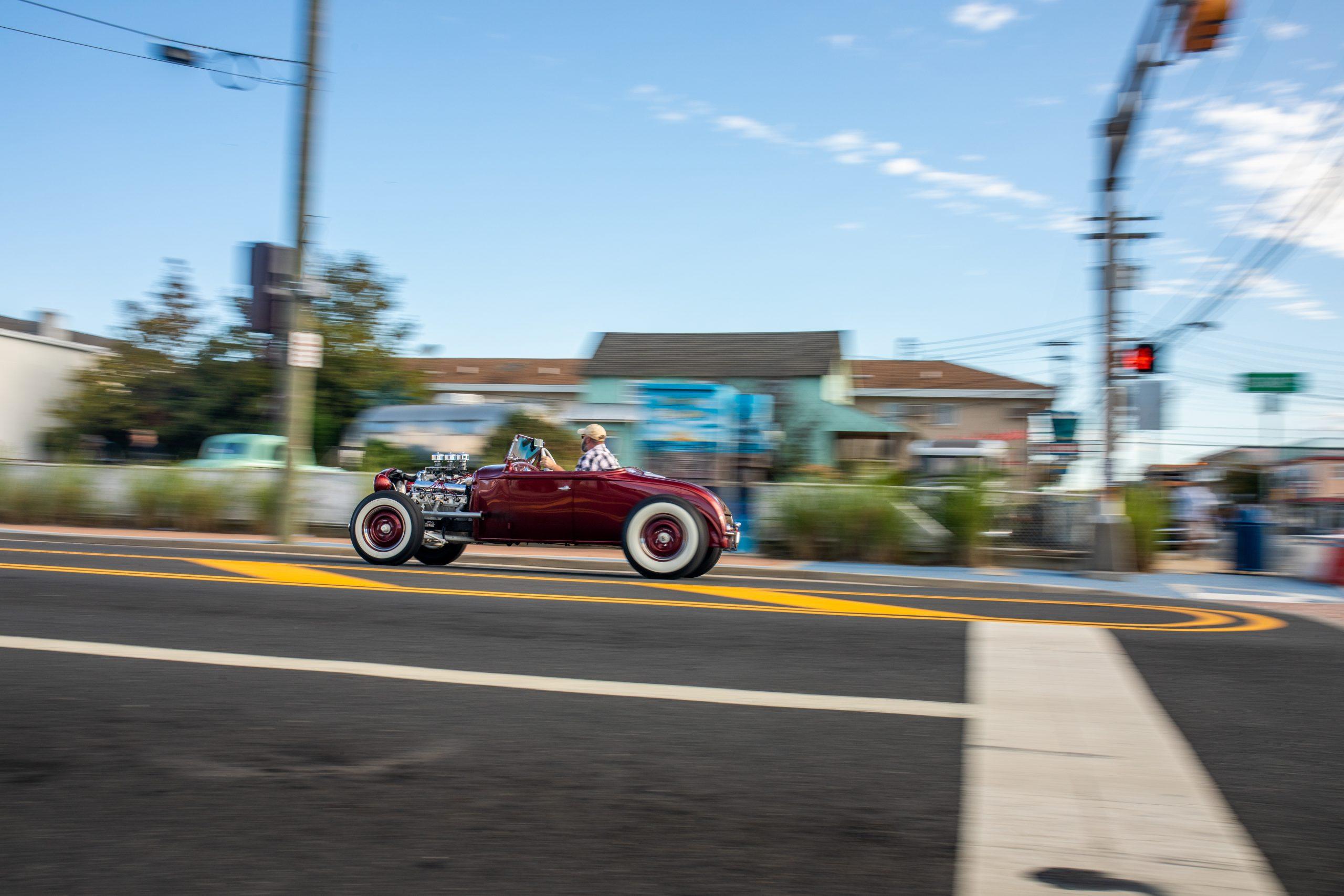 hot rod racer beach town street action