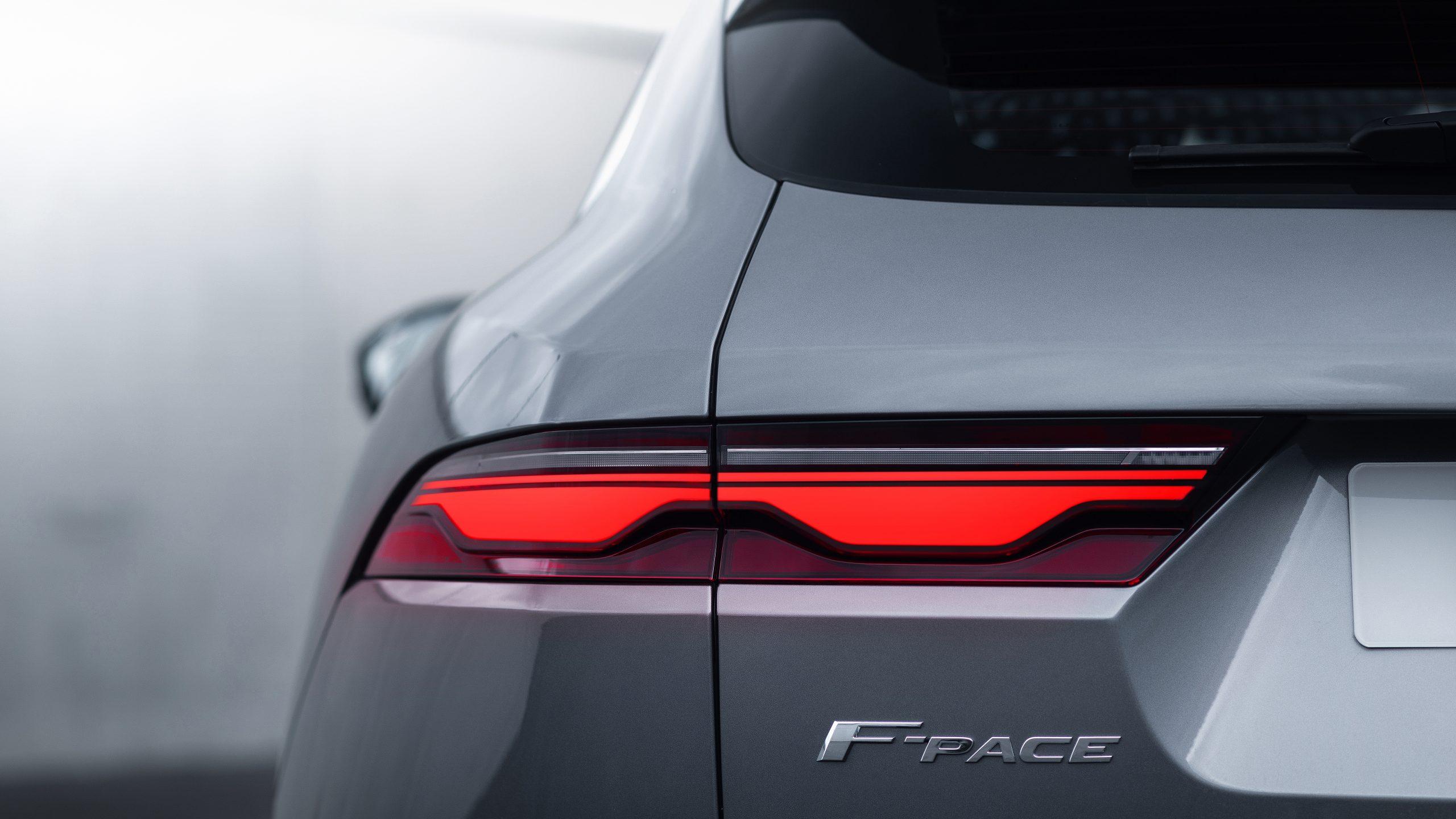 2021 Jaguar F-PACE exterior taillight