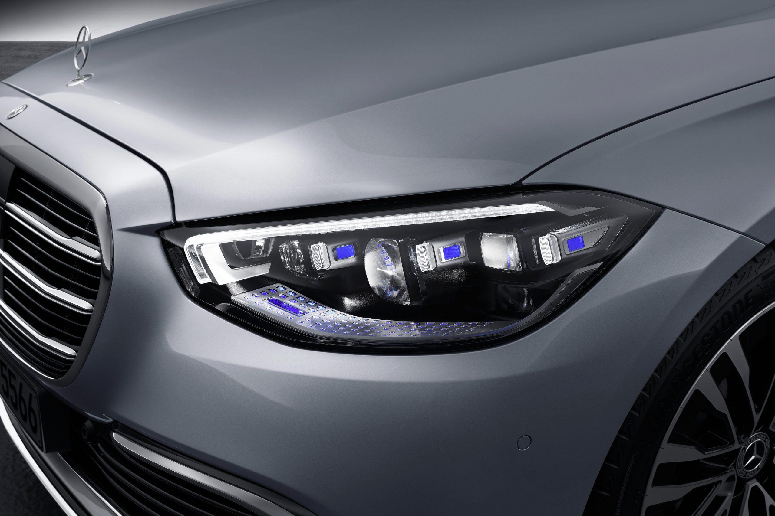 Mercedes-Benz S Class headlights