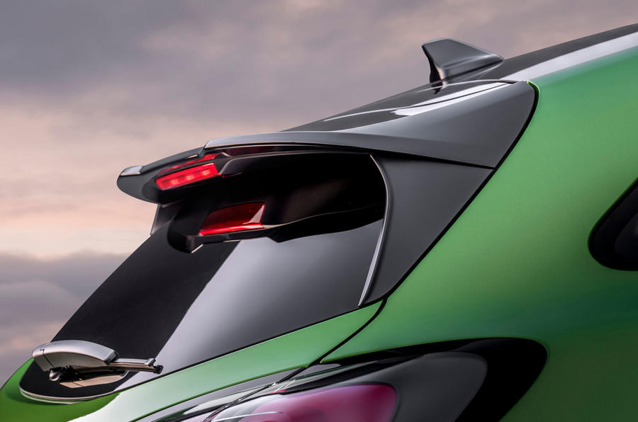 ford-puma-st-official-spoiler