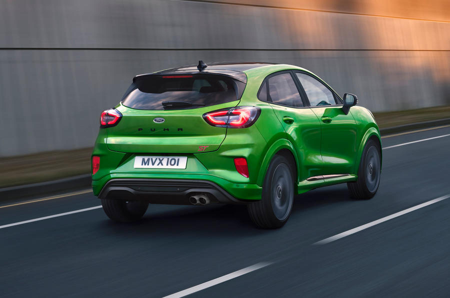 ford-puma-st-official-hero-rear