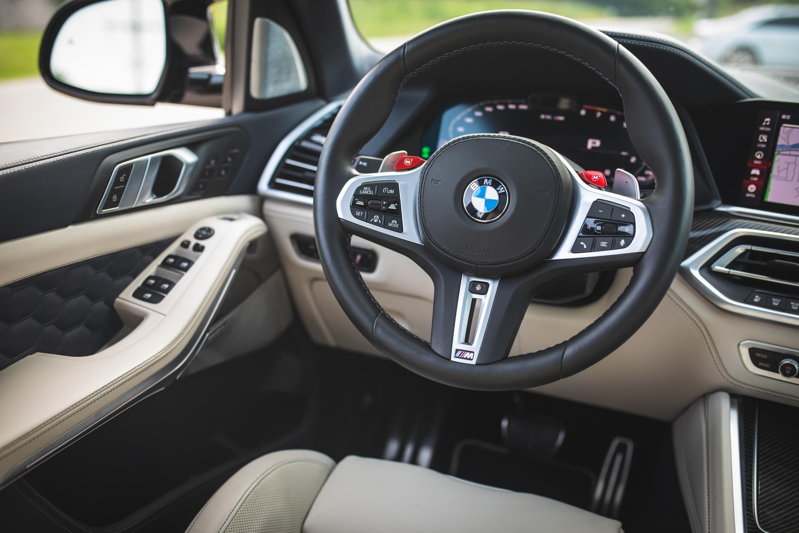 bmw x5m interior steering wheel detail