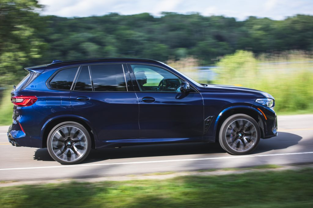 bmw x5m side profile action