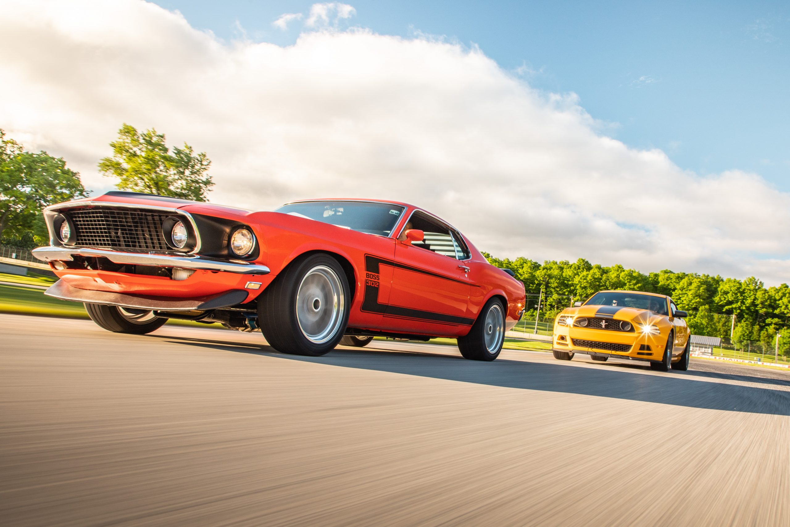 ford mustang boss 302 new vs old dynamic track action