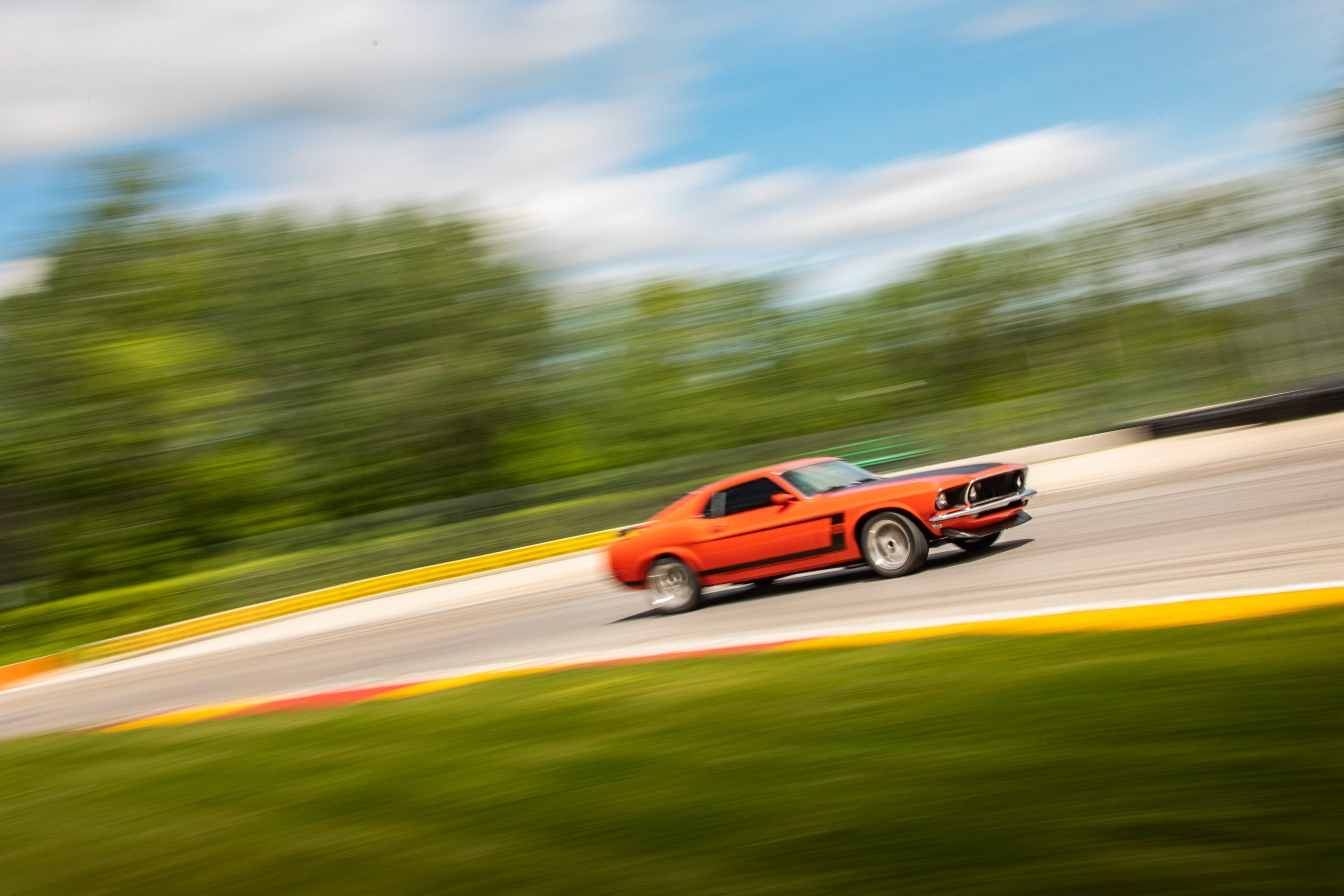ford mustang boss 302 vintage car track action