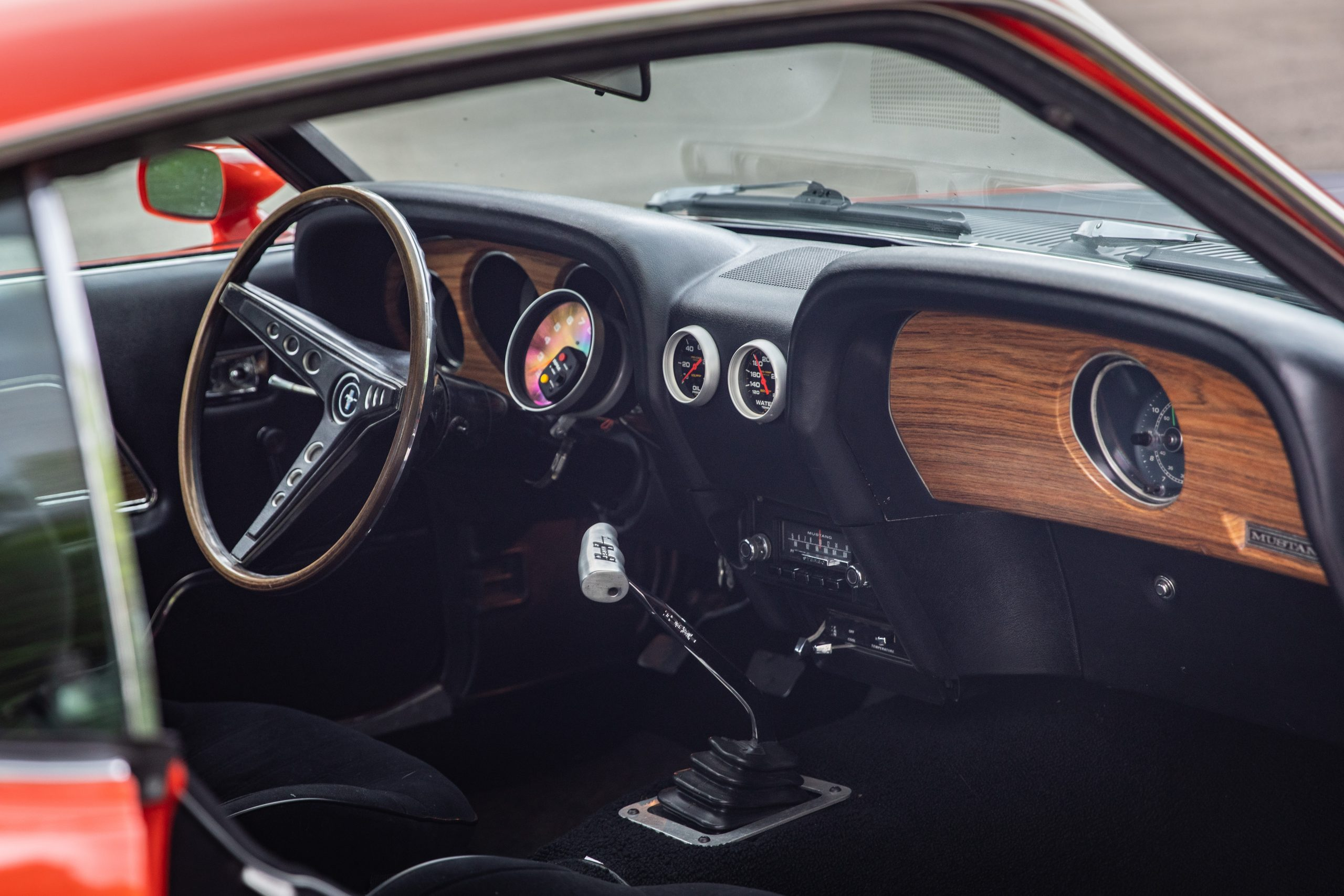ford mustang boss 302 interior