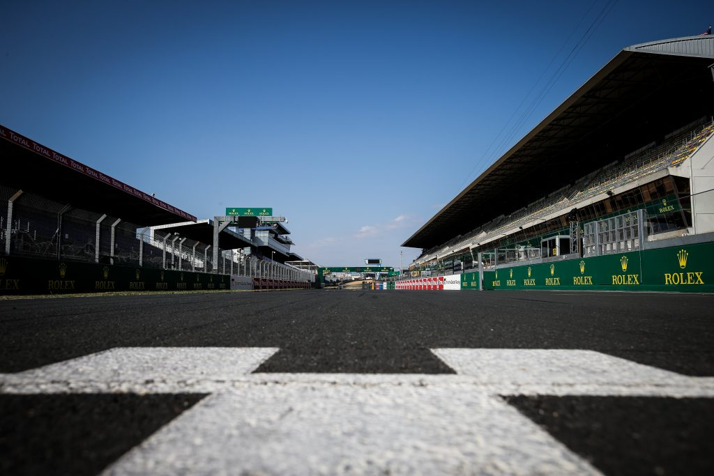 Circuit de la Sarthe start finish line