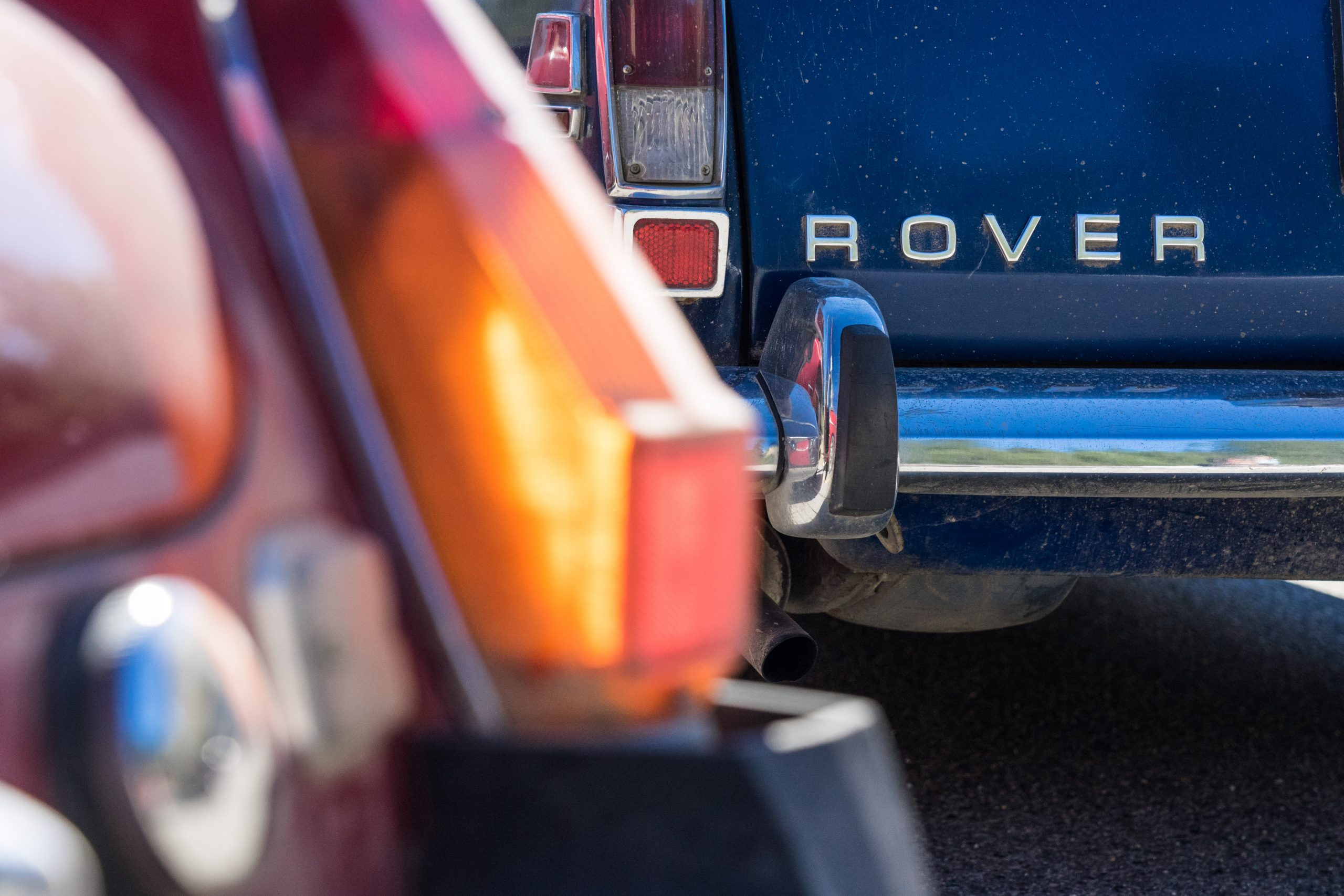 rush to gold bridge rover car badge