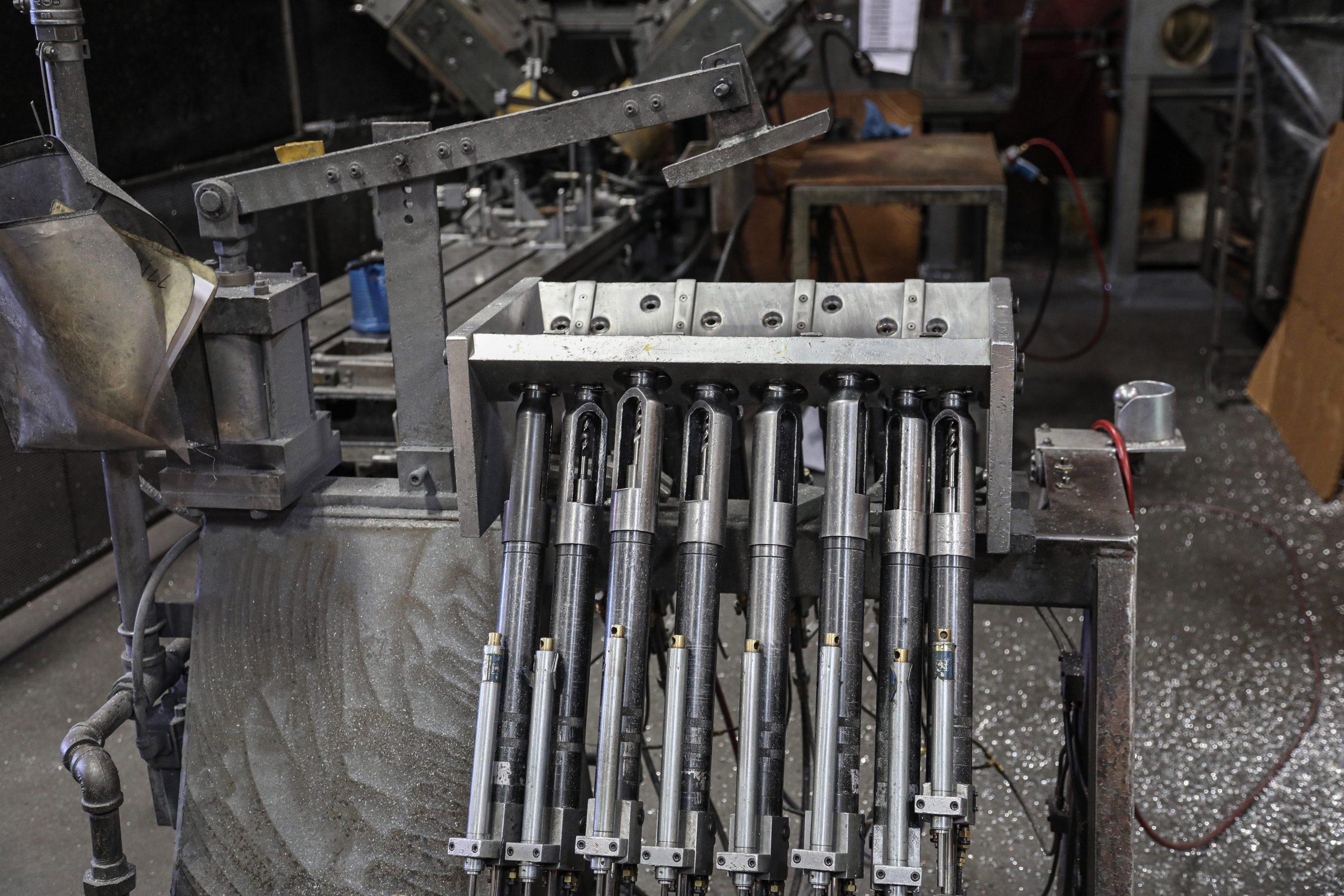 Edelbrock-Foundry-drill fixture