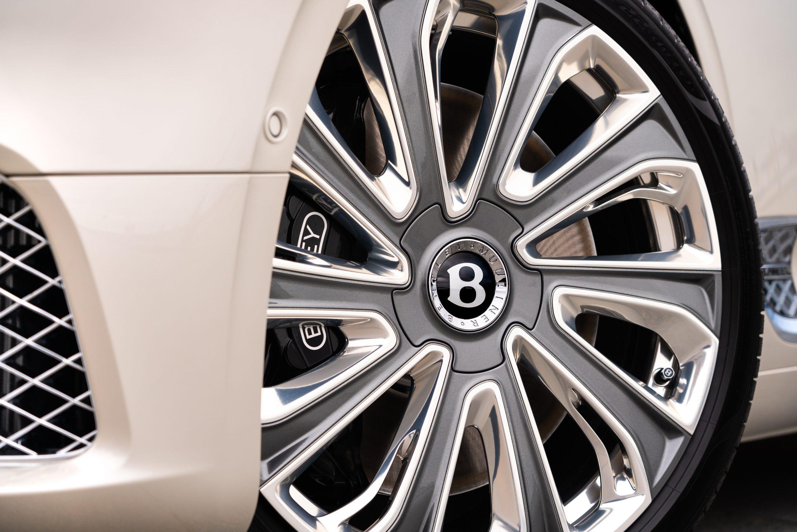 Bentley GT Mulliner wheel detail