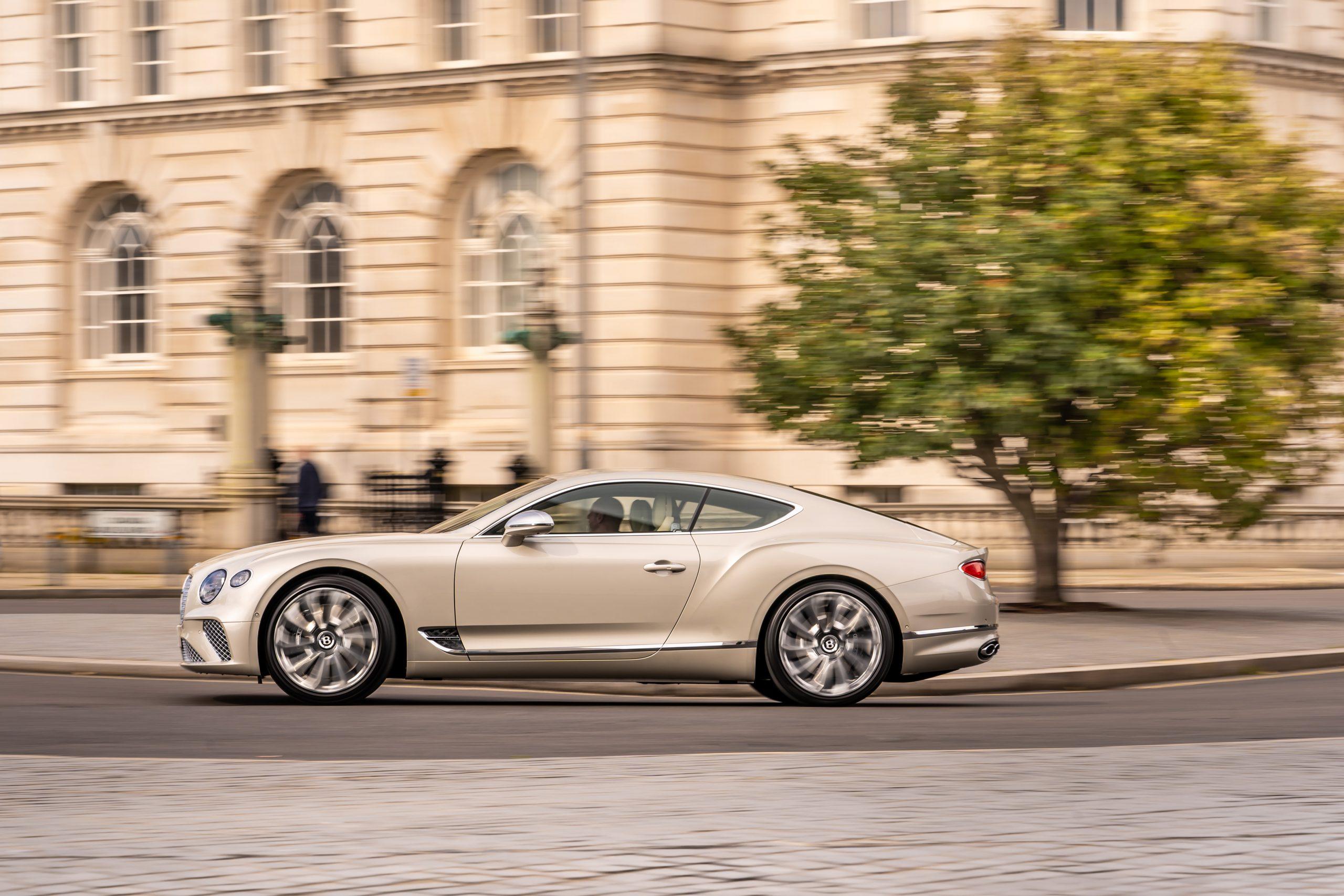 Bentley GT Mulliner side profile dynamic action