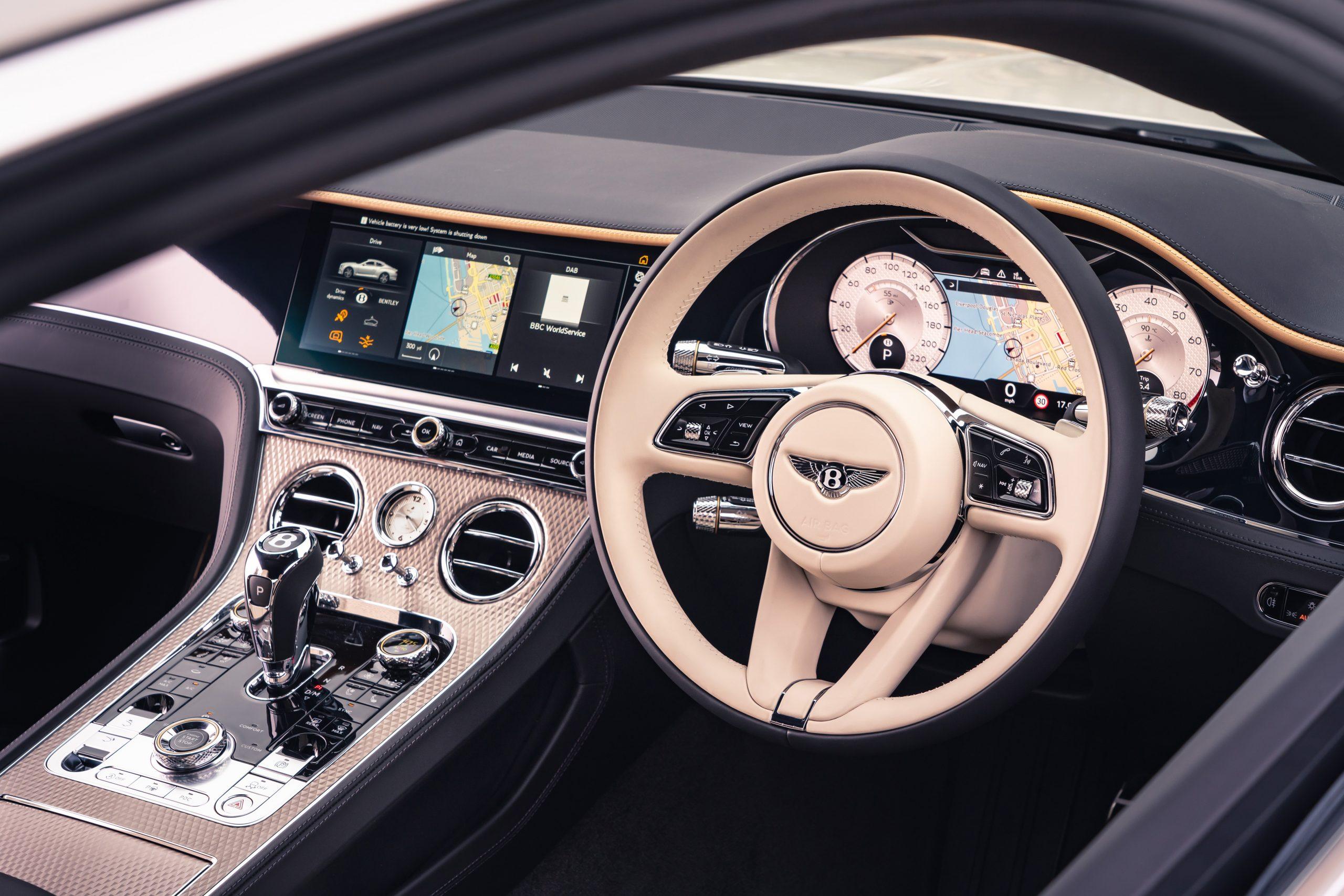 Bentley GT Mulliner interior steering wheel