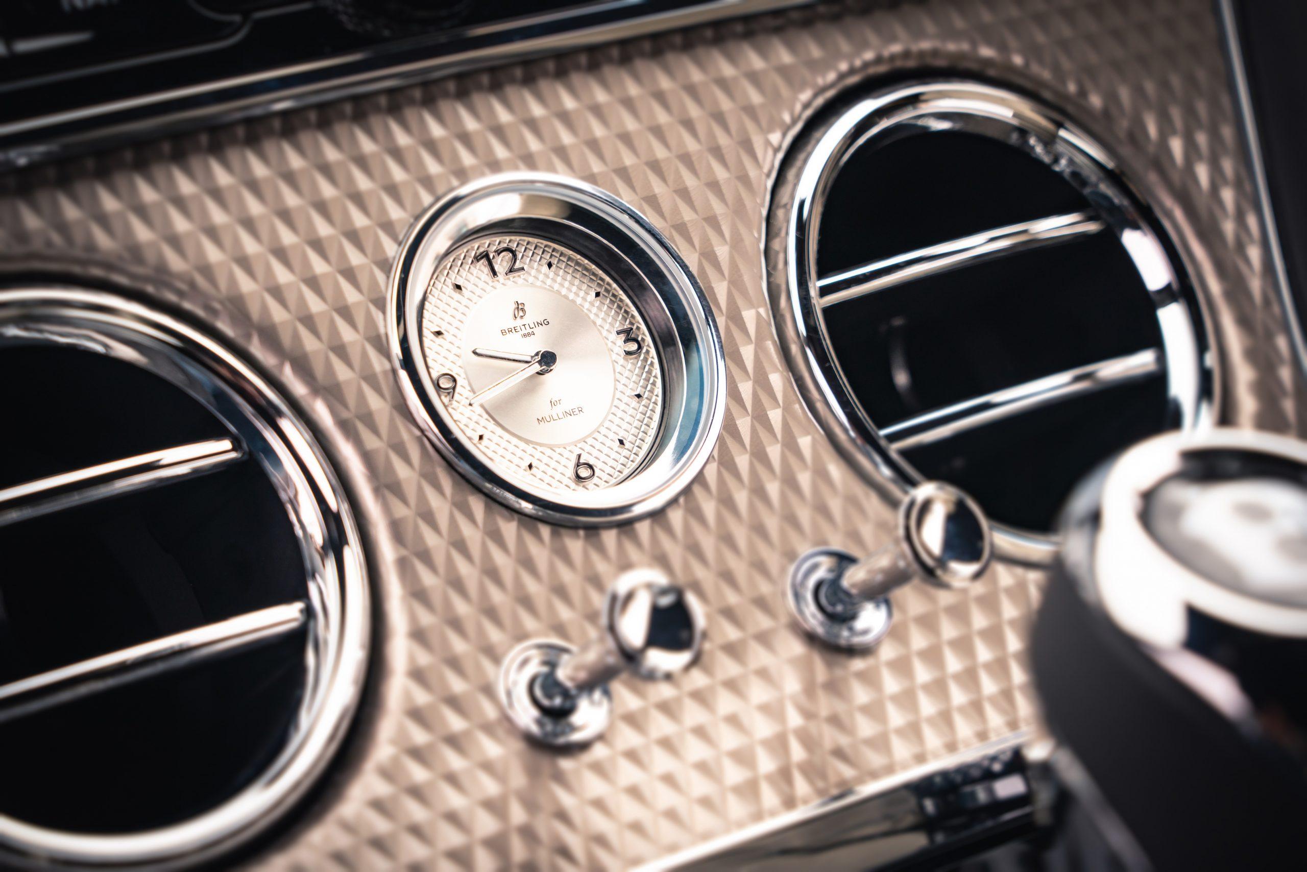 Bentley GT Mulliner analog clock detail