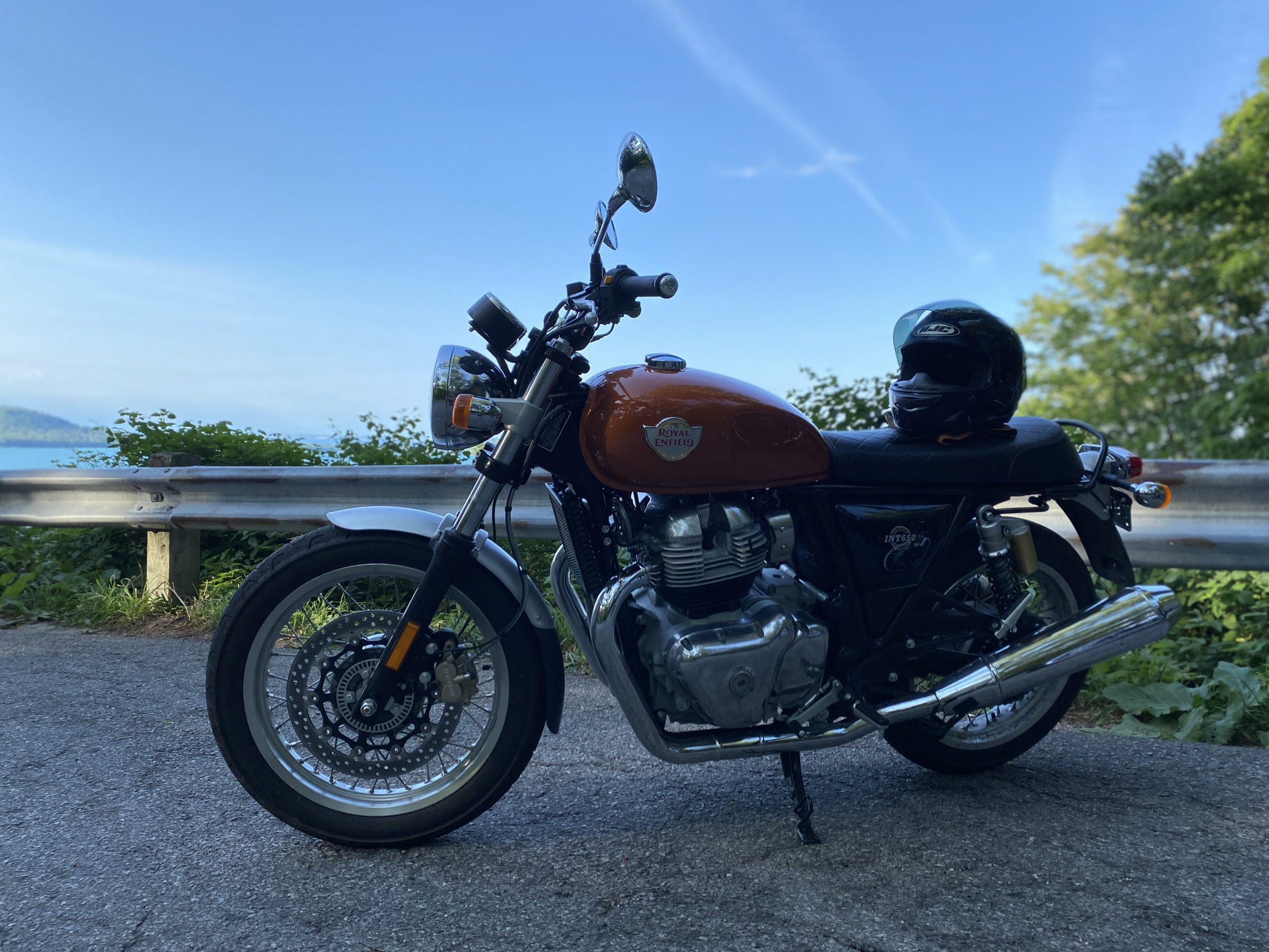 Royal Enfield INT650 at scenic overlook full bike
