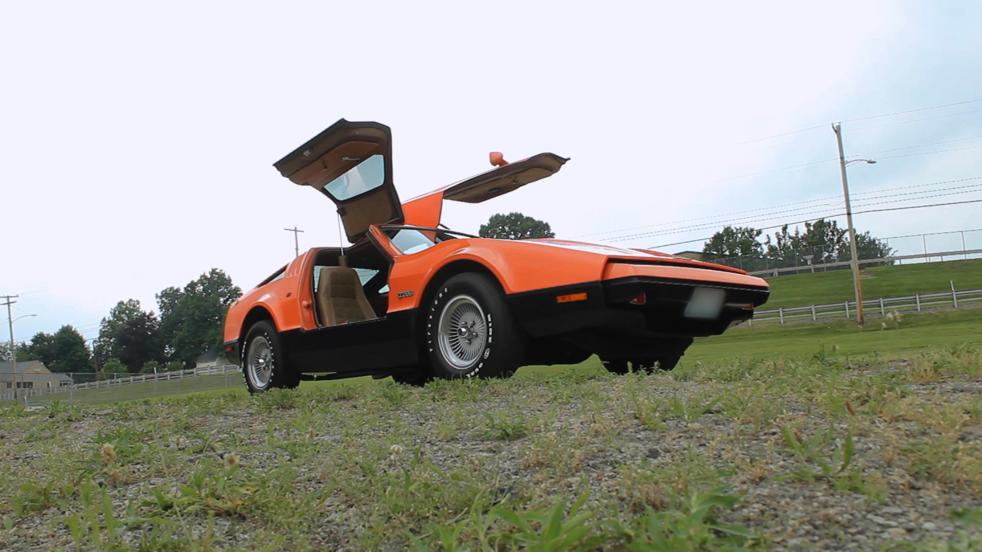 Bricklin SV-1 front three-quarter