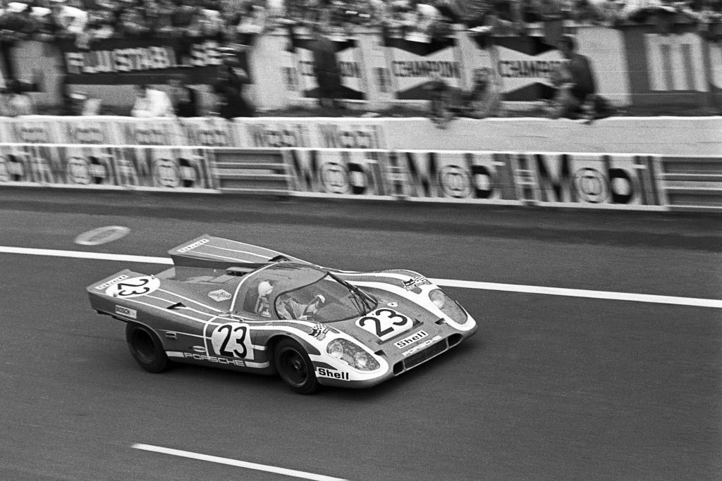 porsche car front three-quarter racing to victory 1970 le mans