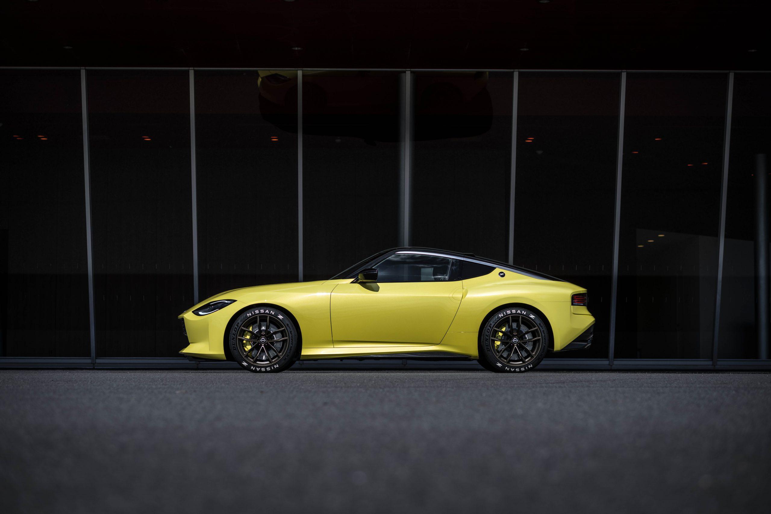 nissan new z car prototype side profile