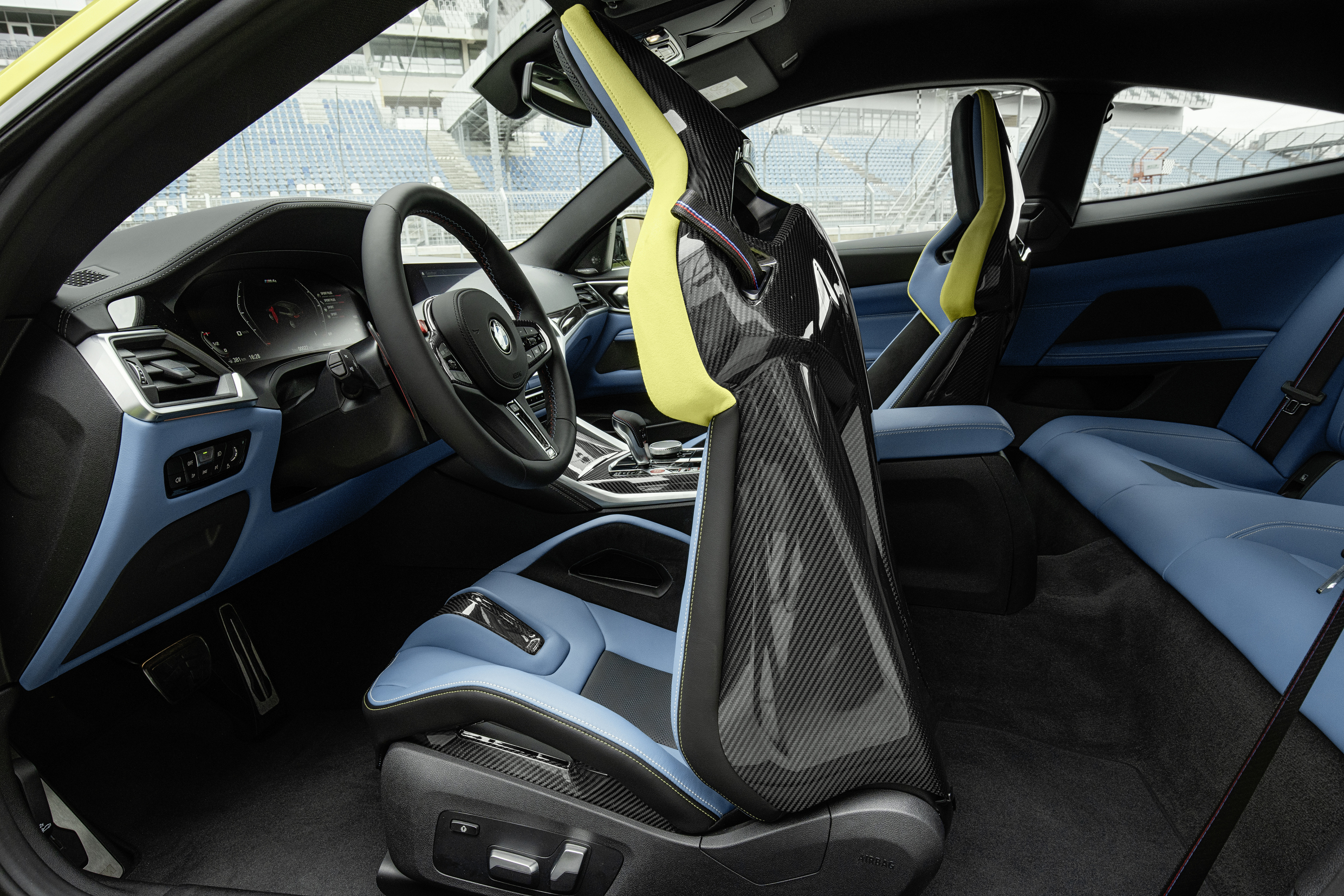 BMW M4 carbon fiber seats