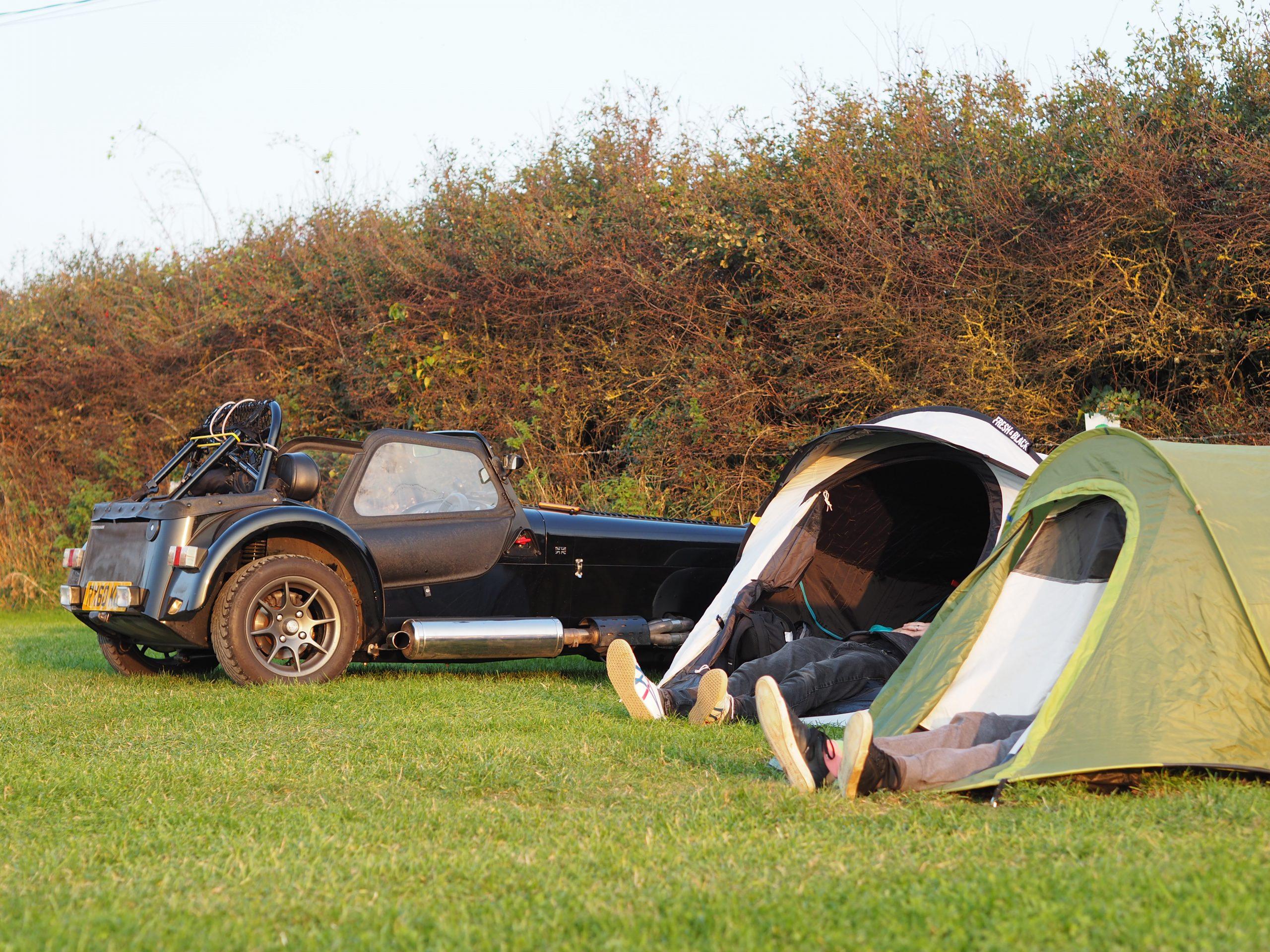 Caterham camping 1