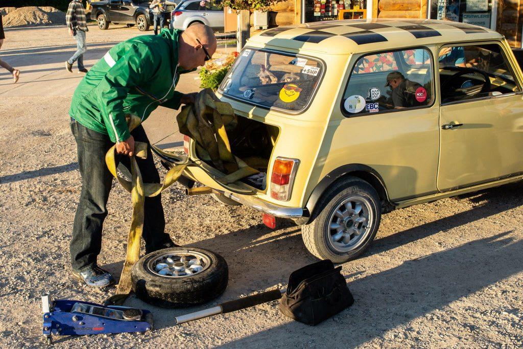 press on regardless mini tow straps spare wheel