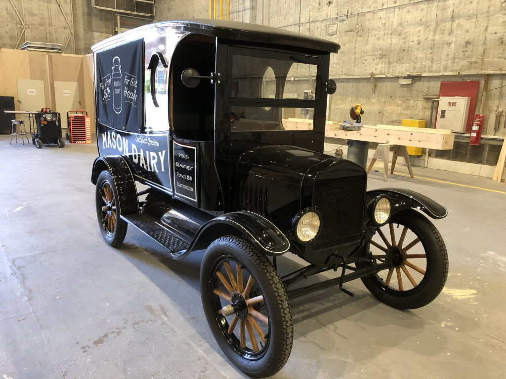 perry mason milktruck ford model t prop car front three-quarter